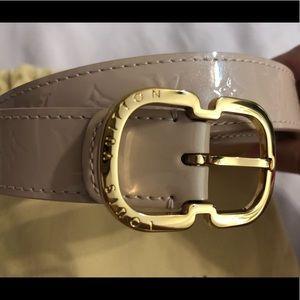 Authentic Louis Vuitton Vernis belt